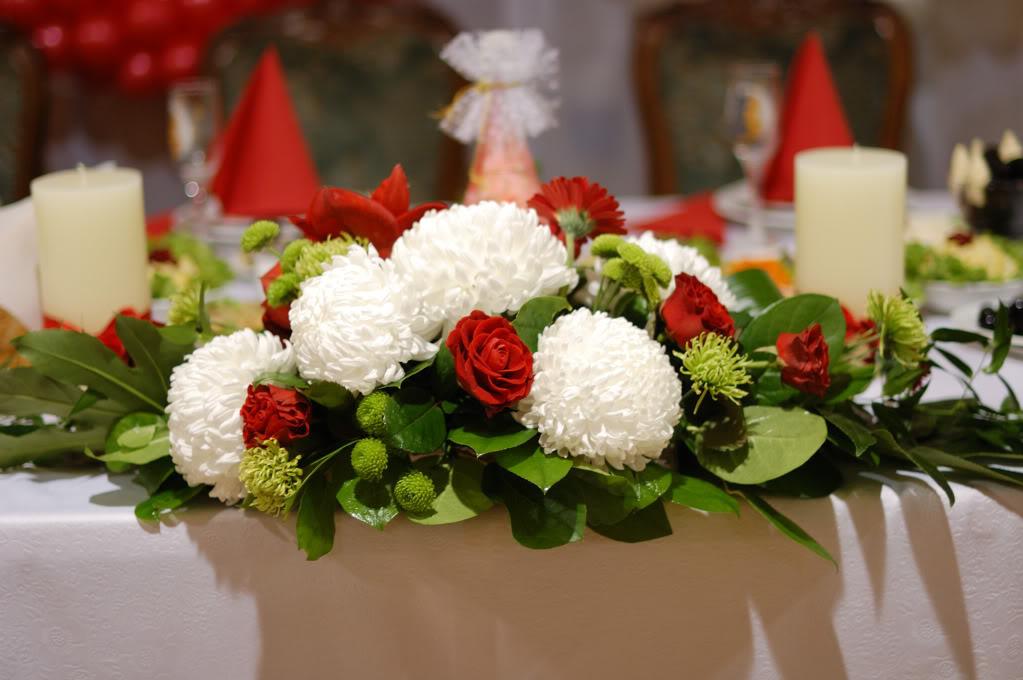 Цветочная композиция на стол молодоженов - Доставка цветов – Флора...