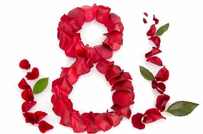 Цветы стали одним из символов 8 марта, без них этот праздник утратил бы часть очарования
