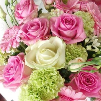 Дарите нежность и внимание, дарите цветы