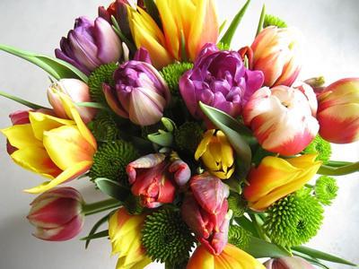Лучшие букеты для дорогих вам женщин на сайте floraexpress.ru