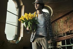 Дарите мужчинам цветы!