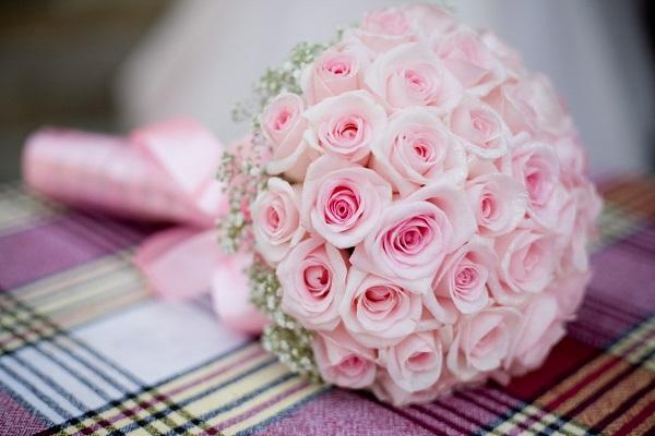 Букеты из маленьких роз фото, живые гвоздики цветы круглосуточно по низким ценам