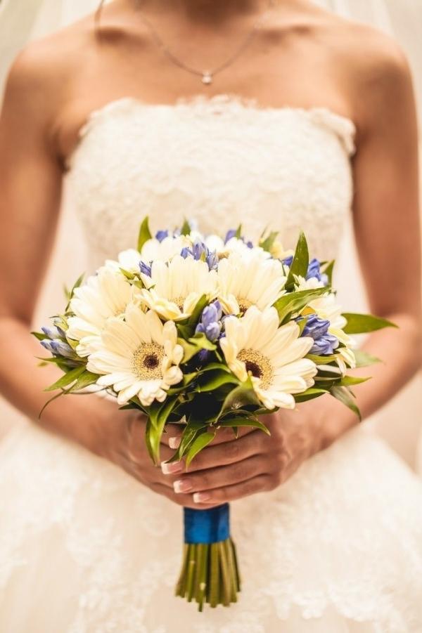 Букет невесты герберы
