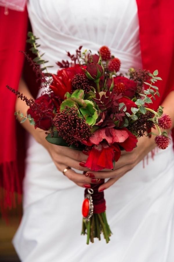 Букеты под красное платье