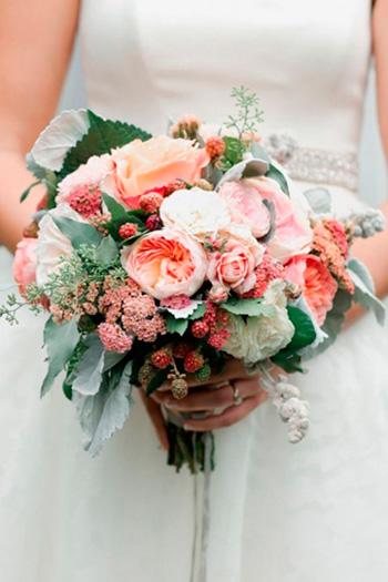 Свадебный букет с ягодами картинки
