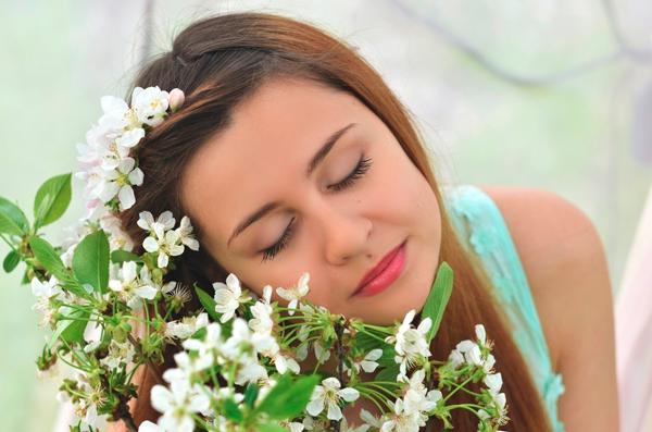 Как красиво сфотографироваться с цветами 6